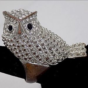 VINTAGE COLLECTOR RHINESTONE OWL RING